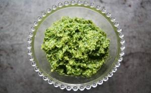 walnut and parsley pesto